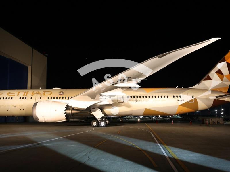 First Boeing 787 for Etihad Airways