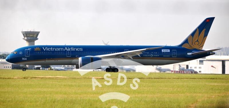B 787-9 Dreamliner at Paris Airshow