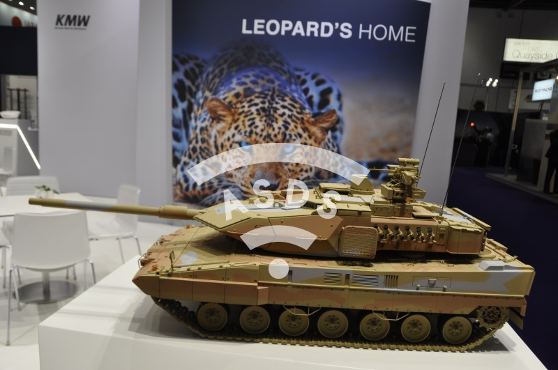 kmw leopards home hd photo asds media bank