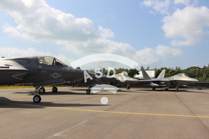 F-22 and F-35 at Singapore Airshow